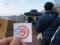 整理券を持って、行列に並ぶ 岡山ラーメン学会
