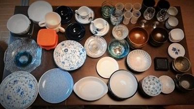 全ての食器を並べて見直し