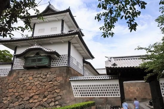 金沢城公園の石川門