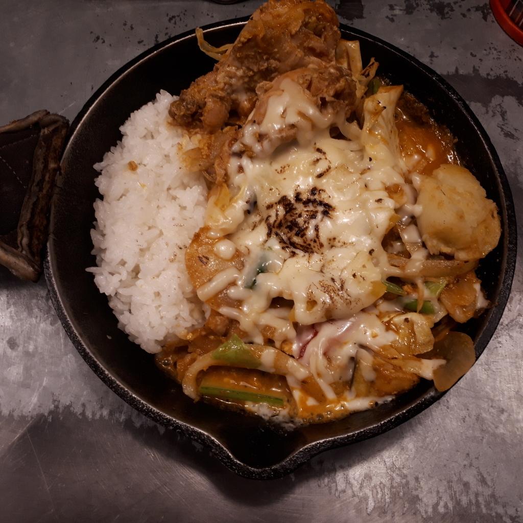 campエキマルシェ大阪店 一日分の野菜カレー 完全食セット 南インド風辛口カレー 炙りチーズトッピング