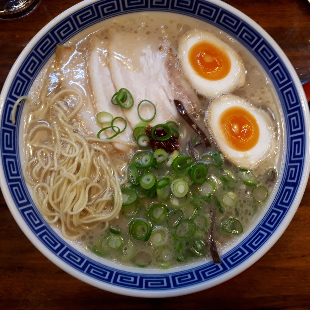 ラーメン虎と龍 東淀川駅前店 久留米の龍