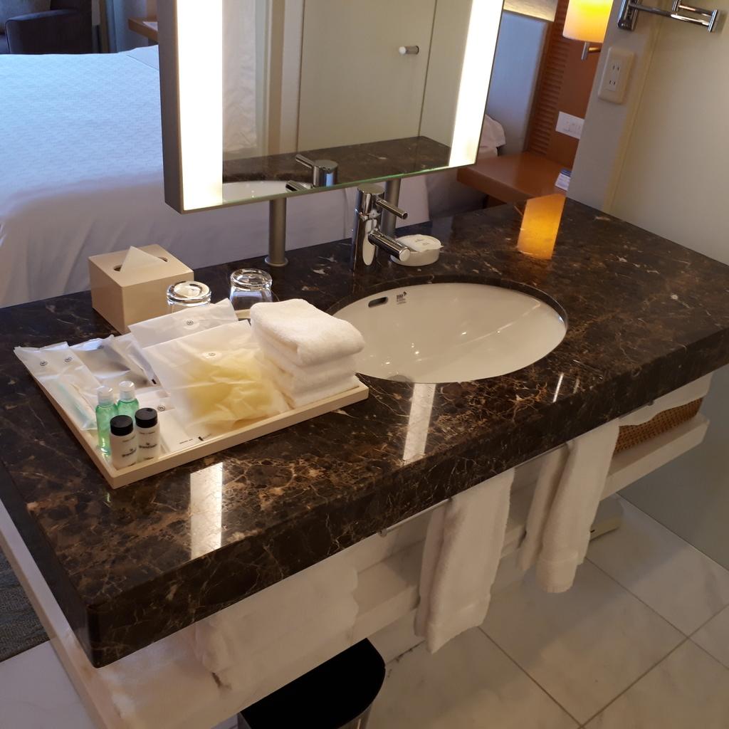 シェラトングランドホテル広島 クラブキングルーム 洗面台