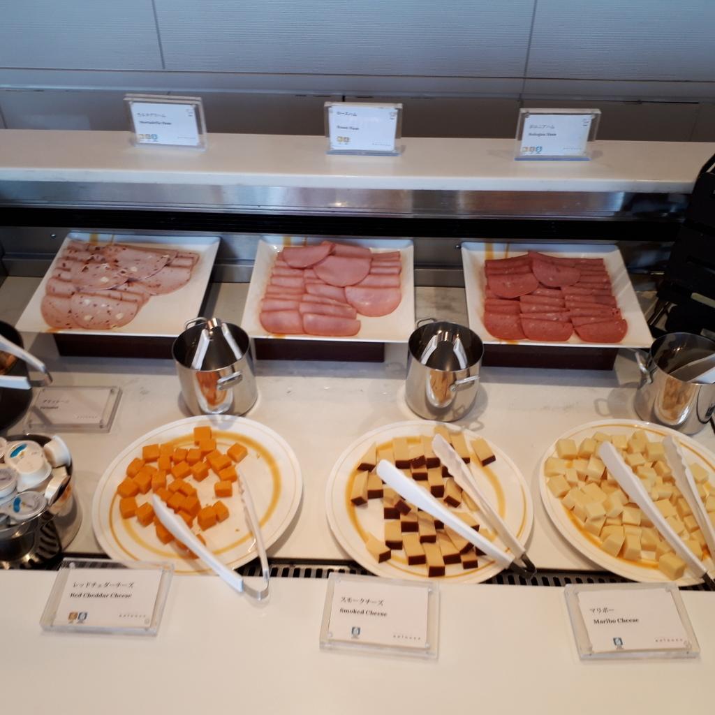 シェラトングランドホテル広島 ブッフェレストラン ブリッジ 朝食 チーズとハム