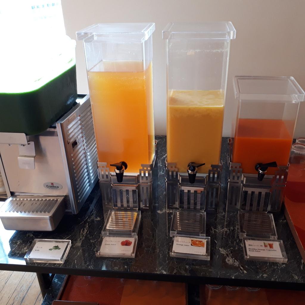 シェラトングランドホテル広島 ブッフェレストラン ブリッジ 朝食 ジュース