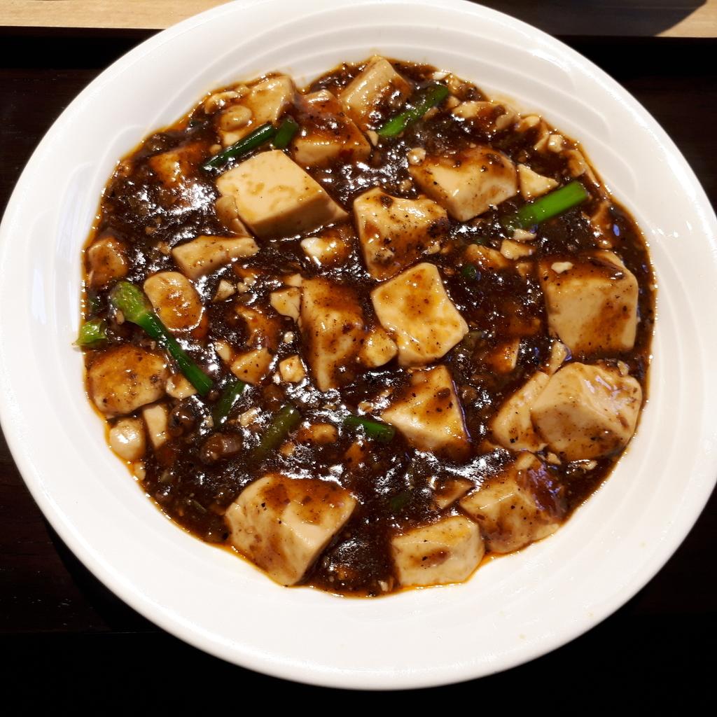 紅海月 ハーフ&ハーフランチセット 麻婆豆腐