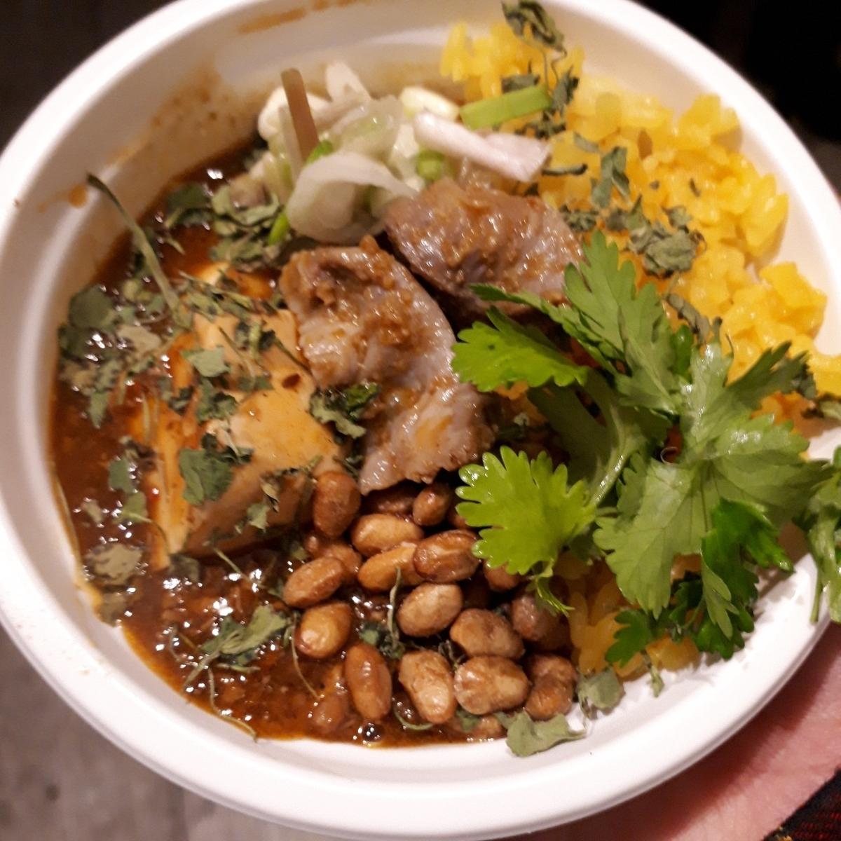 パラディーゾ デル ヴィーノ タケウチ 中華風麻婆豆腐風キーマカレー