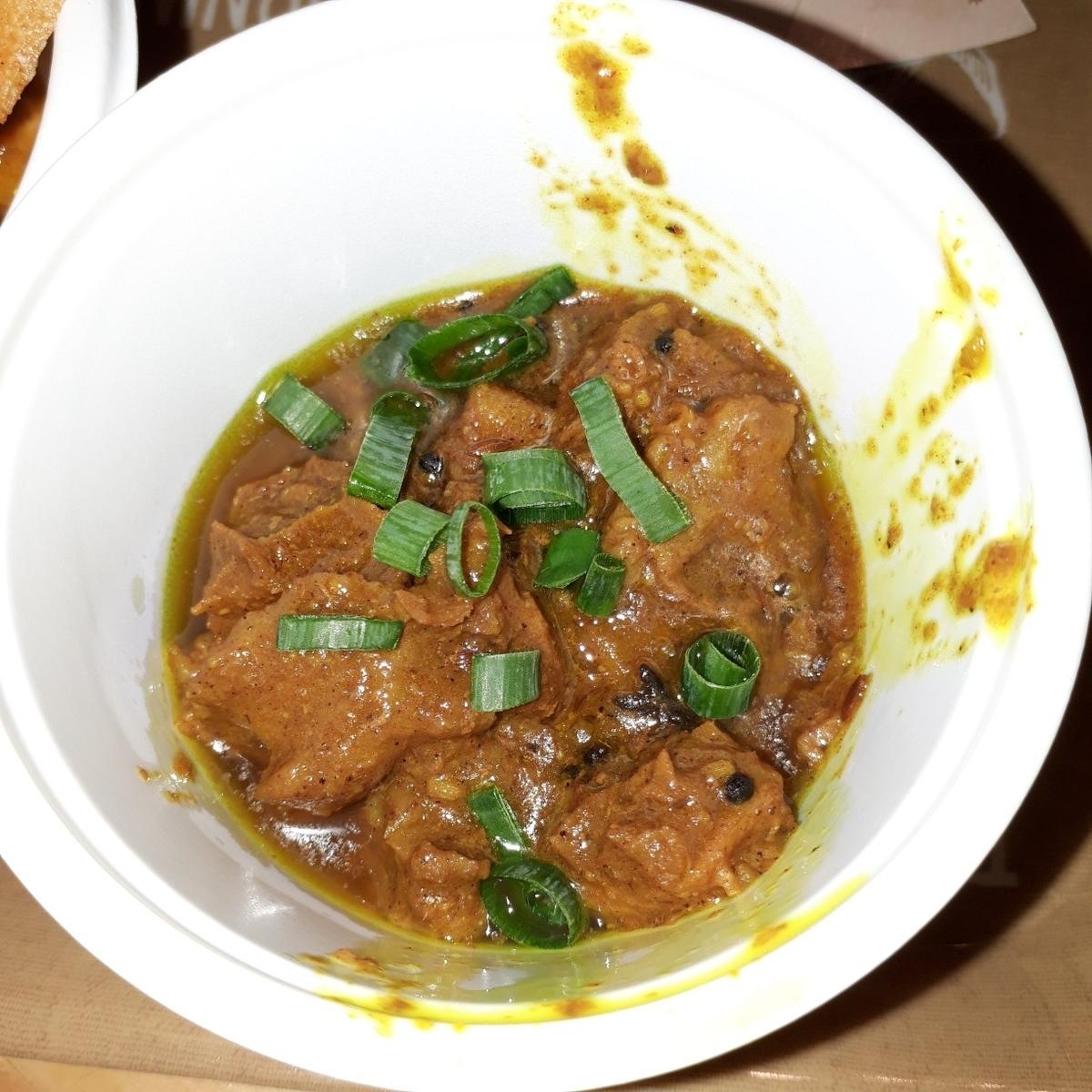 ラージクマール 鶏ハツのスパイス炒め煮