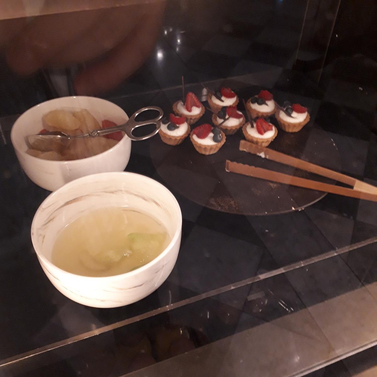リッツカールトン大阪 クラブラウンジ ナイトキャップ ケーキ類