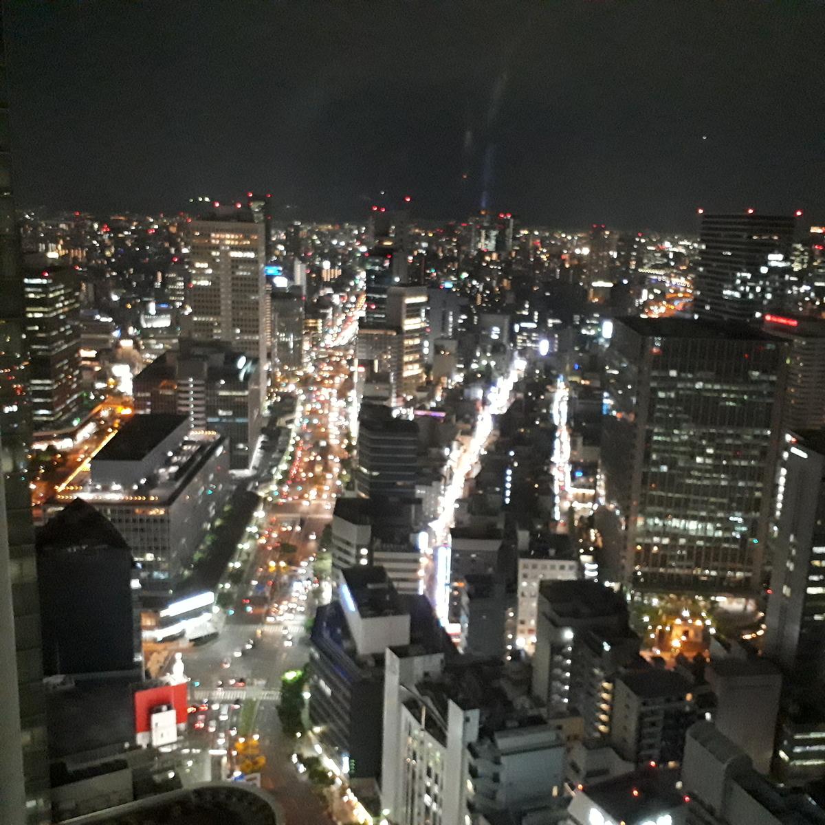 リッツカールトン大阪 クラブラウンジ 夜景