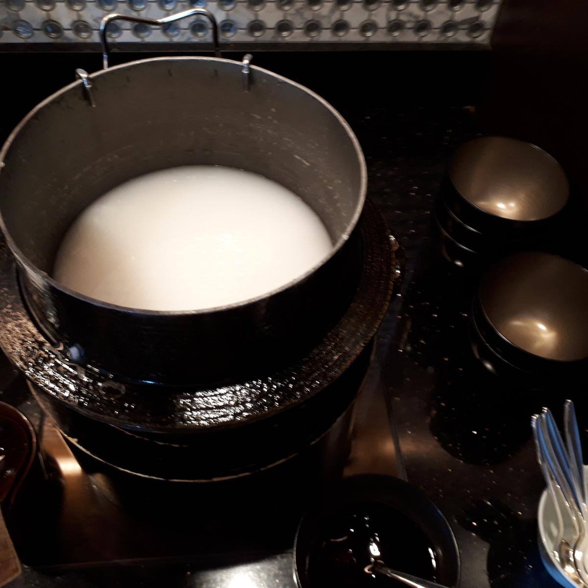 リッツカールトン大阪 クラブラウンジ 朝食 おかゆ