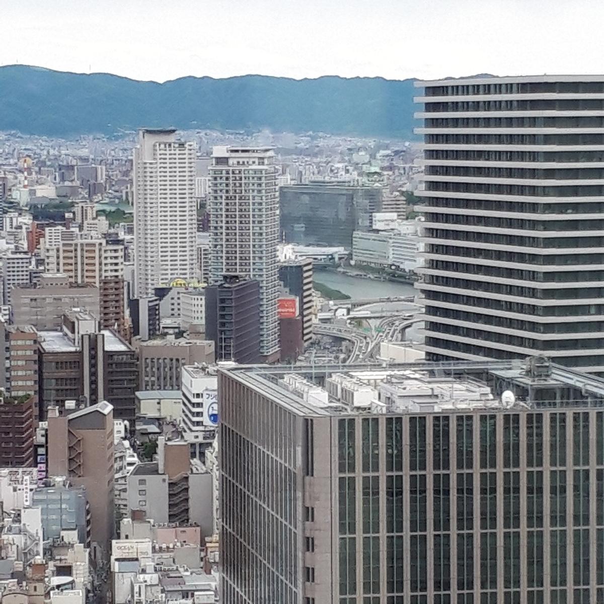 リッツカールトン大阪 クラブラウンジ 大阪城が見える