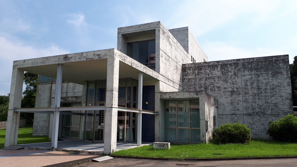 岩崎美術館 工芸館