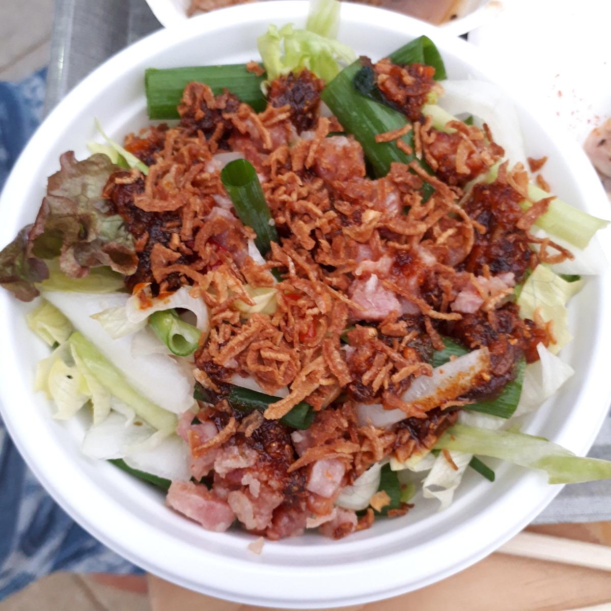 カレー事情聴取スパイス定食&バルVol.6 2019年7月21日 piwang タイ風スパイシーソーセージ香味サラダ