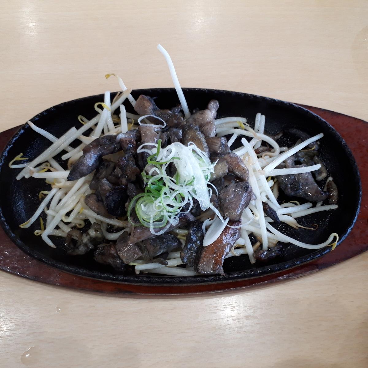 山川駅前 旅館 くり屋 食堂 薩摩鶏の炭火焼き