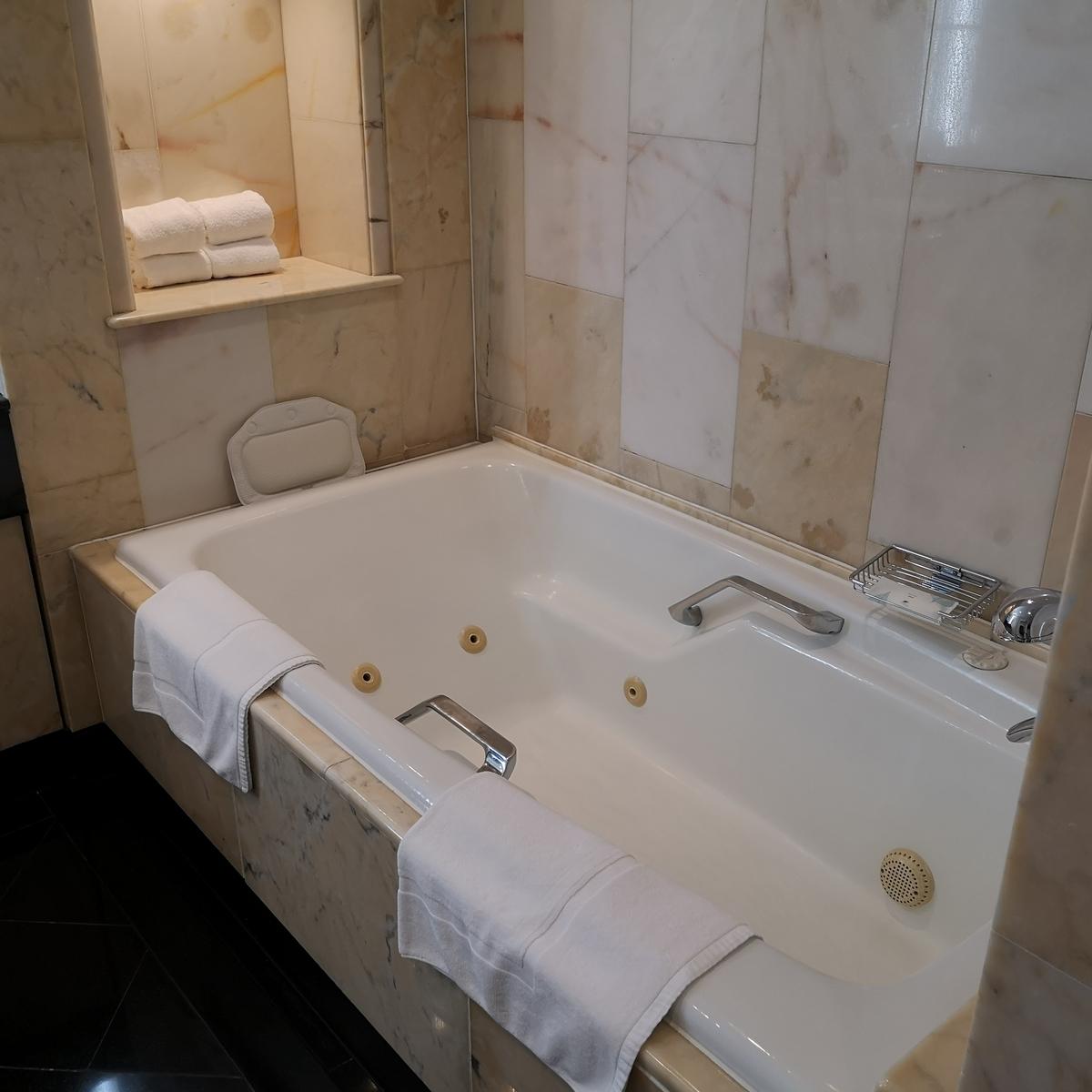 ウェスティンホテル大阪 エグゼクティブスイート バスルーム