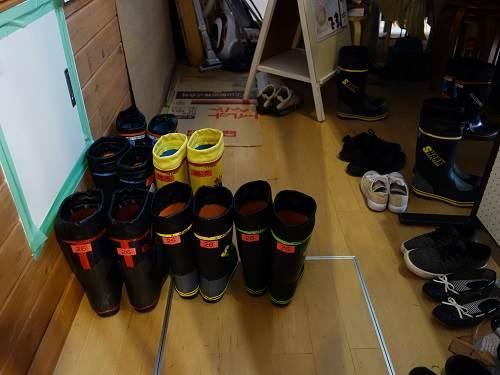 長靴保管庫