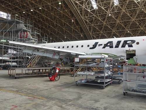 整備中の機体