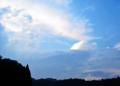 [牡蠣][風景][気仙沼][三陸][リアス][森][海][森は海の恋人][牡蠣]暗くて明るい夏の夕(舞根)