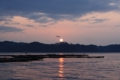 [牡蠣][風景][三陸][リアス][森][海][森は海の恋人][牡蠣][気仙沼][夕日]津波翌日の気仙沼湾