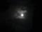 晴れ間の月
