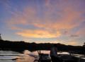 [風景][リアス][三陸][牡蠣][森][海][夕景][夕日]漁民と夕日(舞根湾)