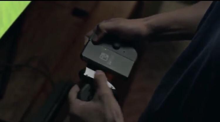 Nintendo Switch コントローラー脱着