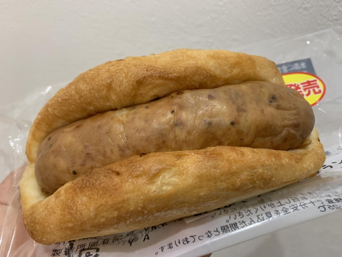 ローソン マチノパン あらびきフランク フランスパン