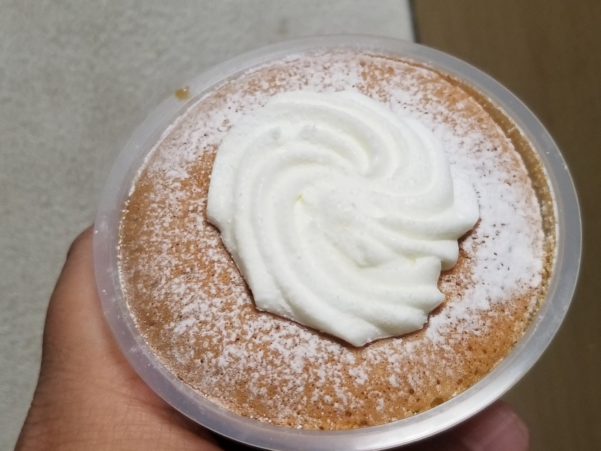 セブンイレブン 窯焼きスフレケーキプリン