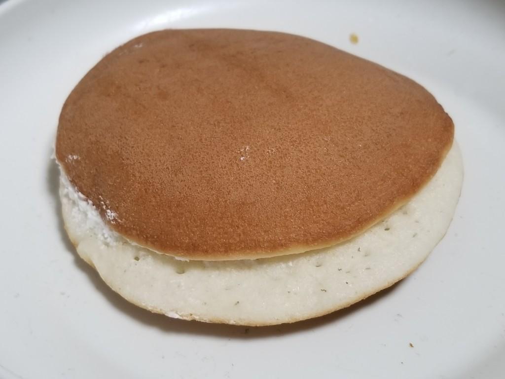 ヤマザキ ミルキーパンケーキ ミルキーホイップクリーム&ミルキーソース