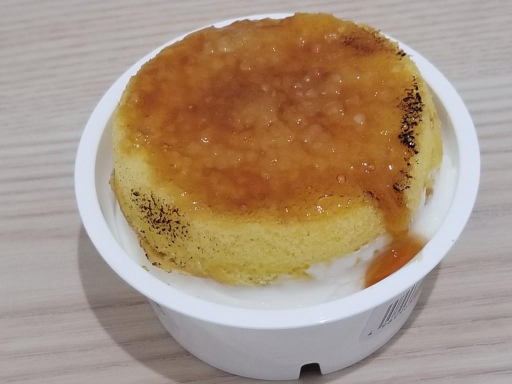 ファミマ 4種チーズのブリュレチーズケーキ