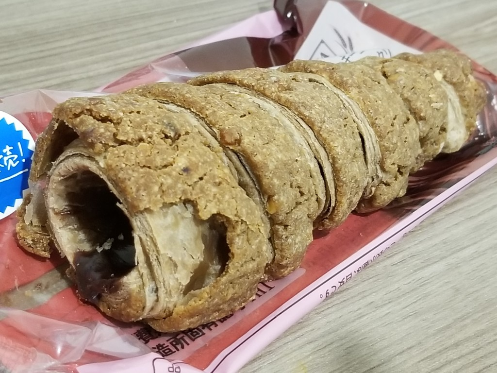 ファミリーマート クッキーコロネ ジャンドゥーヤクリーム