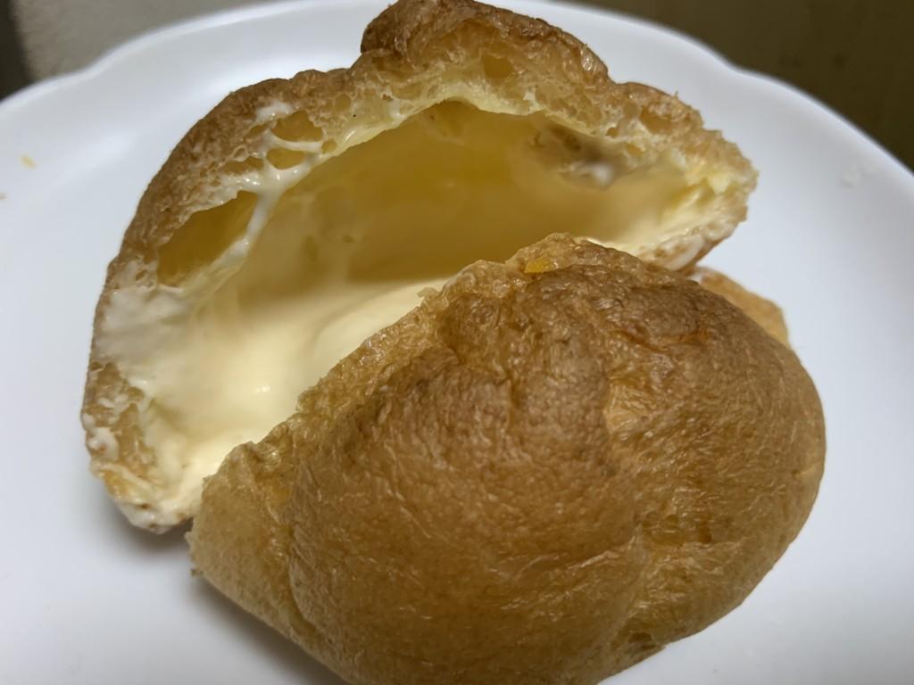 オランジェ  ひな祭りシュークリーム 白桃&ミルク