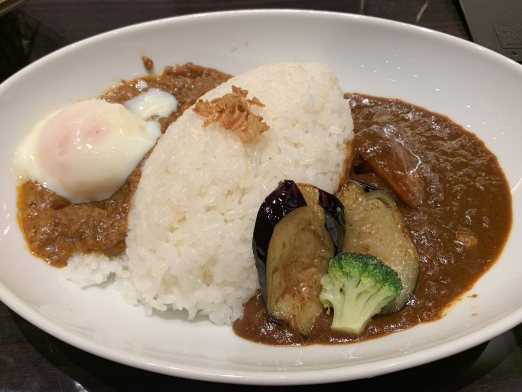 咖喱&カレーパン 天馬   バターチキンカレー&キーマカレー