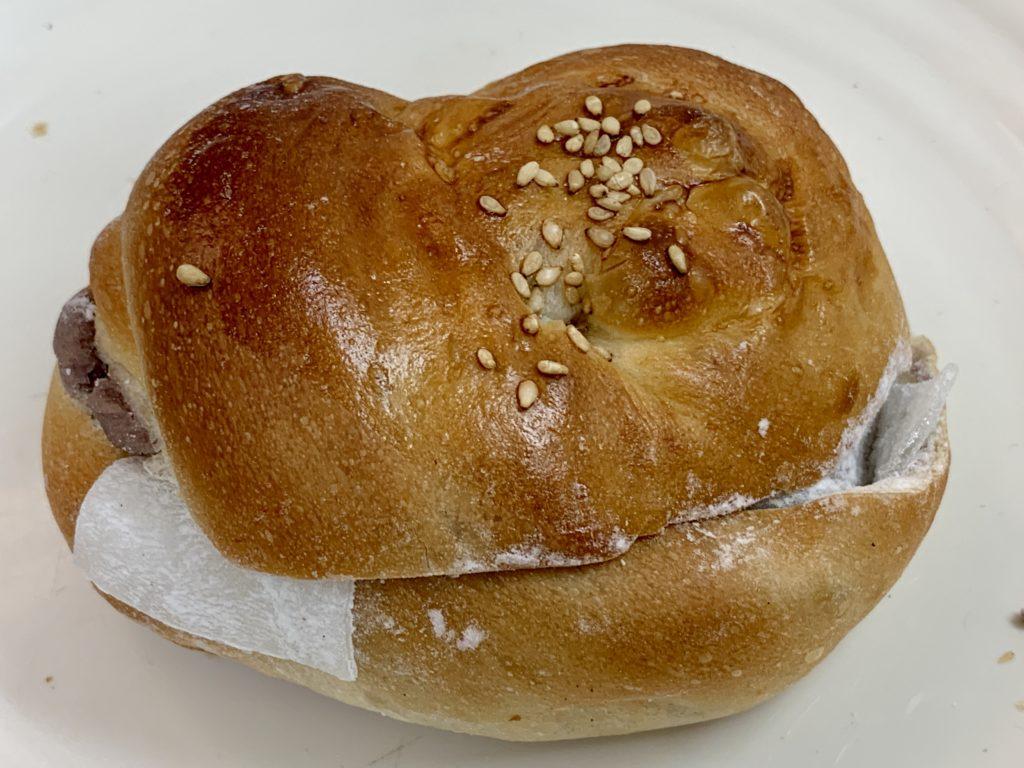 bakery toricoぎゅうひ入り淡雪こしあん