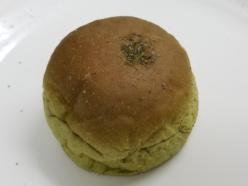 ローソン NL 大麦の抹茶ホイップパン