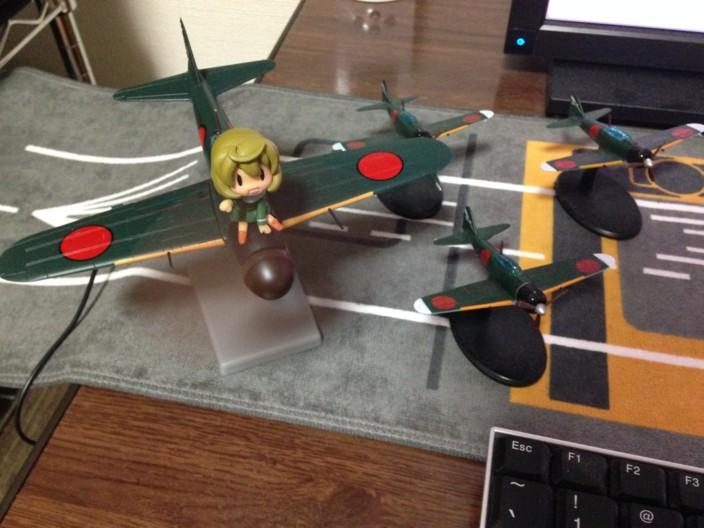 零戦五二型 (埼玉酒保妖精版) USB式 卓上扇風機