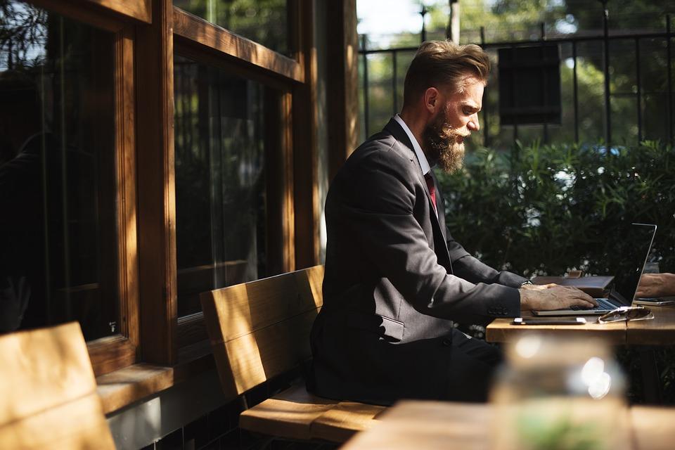 プログラミングのオンライン学習サービスはUdemyで決まりじゃなかろうか!