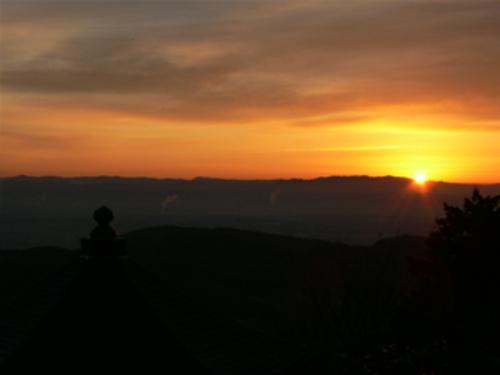 善峯寺の初日の出