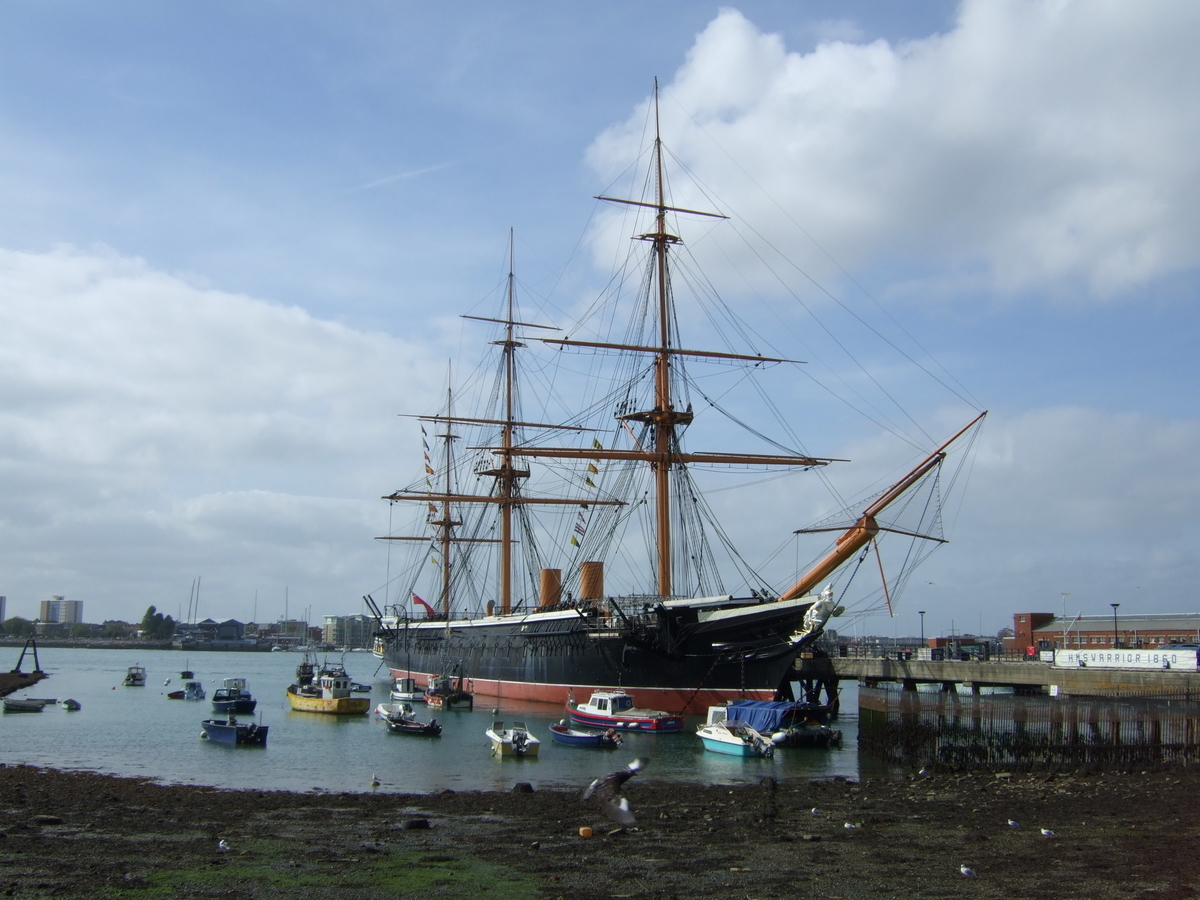 HMSウォリアー