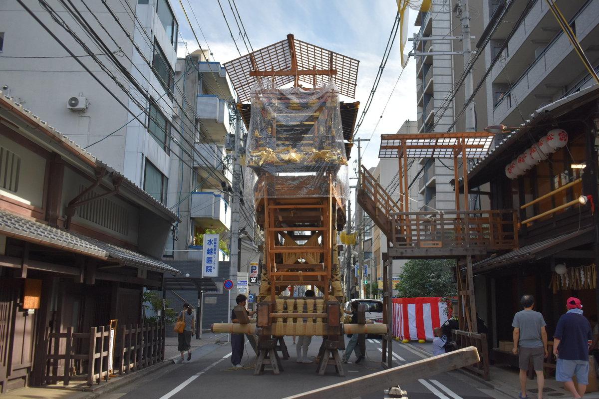 船鉾の山鉾建て 2018年7月13日 撮影:MKタクシー