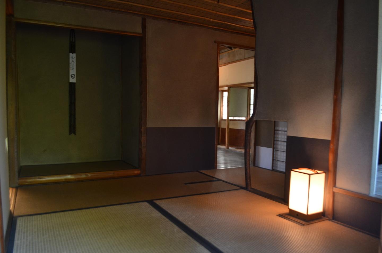 無鄰菴に移築された茶室には広縁が設けられた