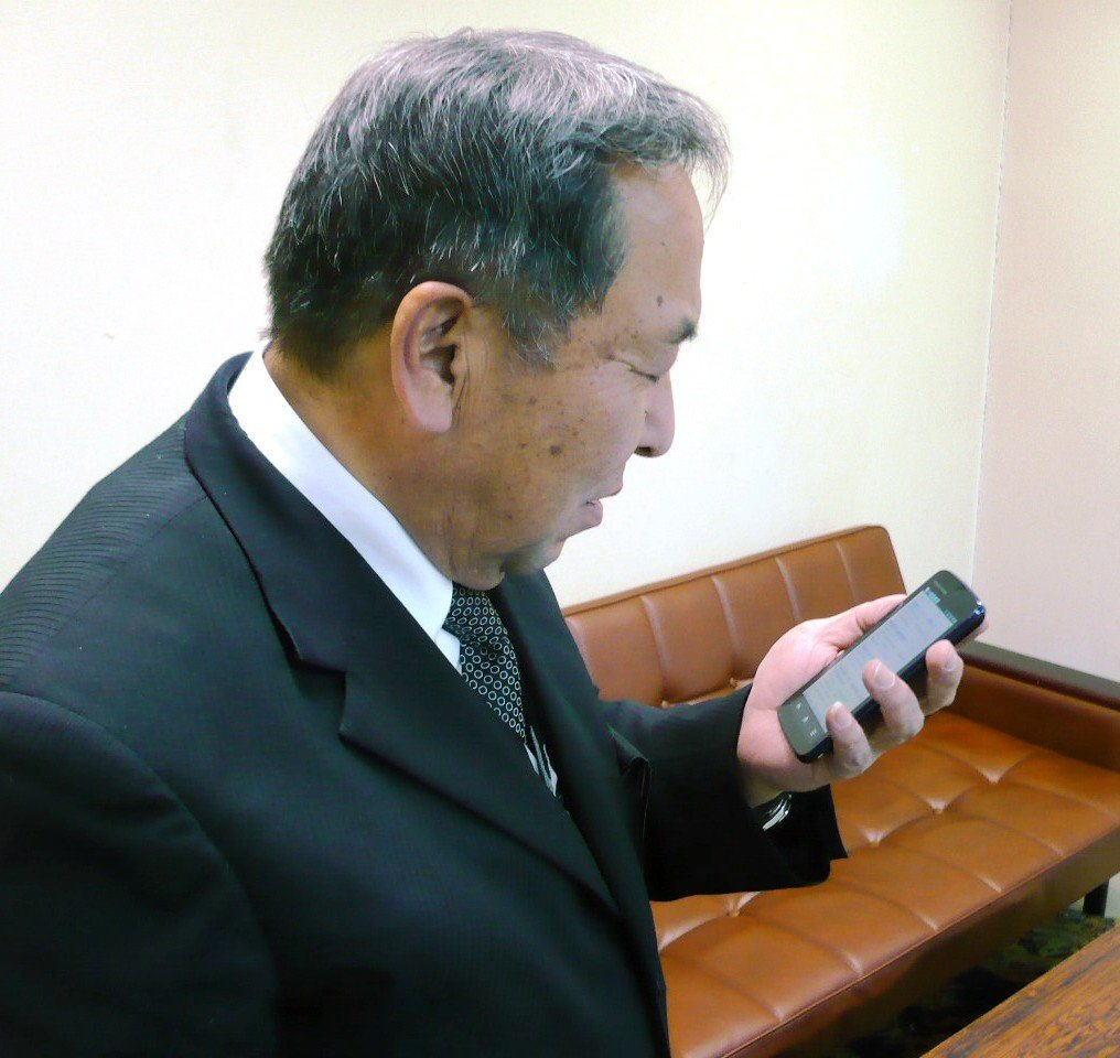 「スマホも便利だけど、後輩は先輩に質問しに来てほしい」 MK新聞2012年2月1日号より