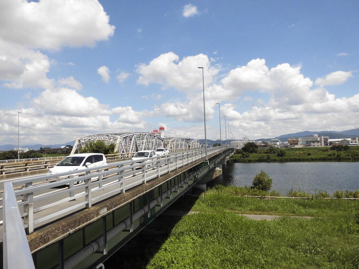 13:41 上野橋 撮影:MKタクシー