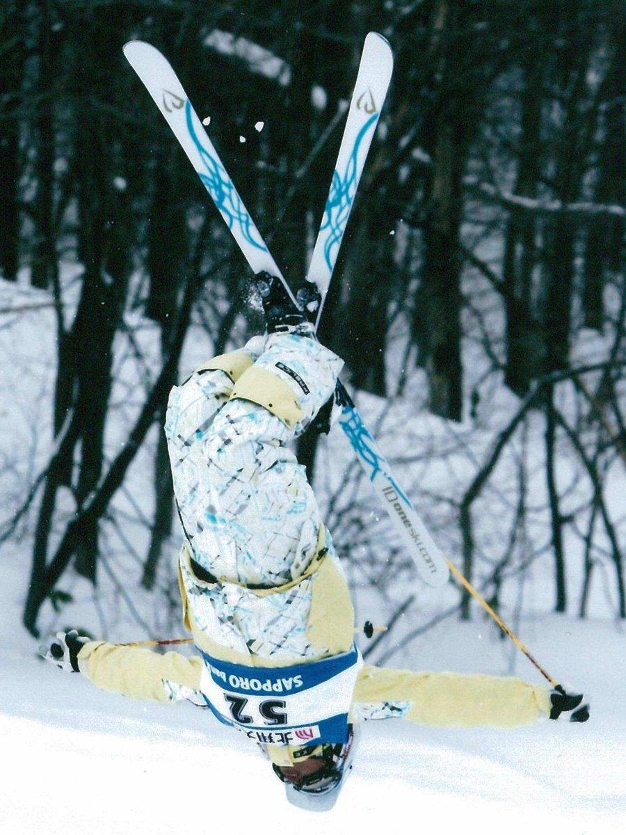 北海道の全日本選手権で「バックフリップ」を決めた鈴木選手