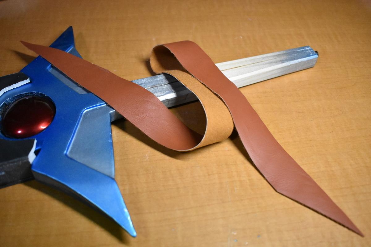 ダイの剣の柄を作る