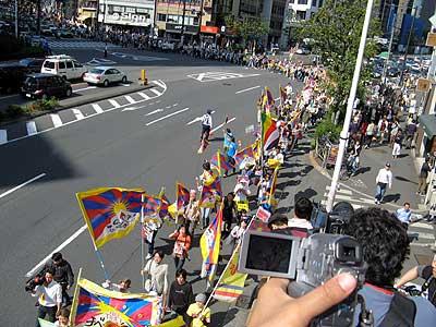 胡錦濤中国国家主席来日にあわせた大集会&デモ in 東京