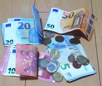 ユーロ紙幣と硬貨