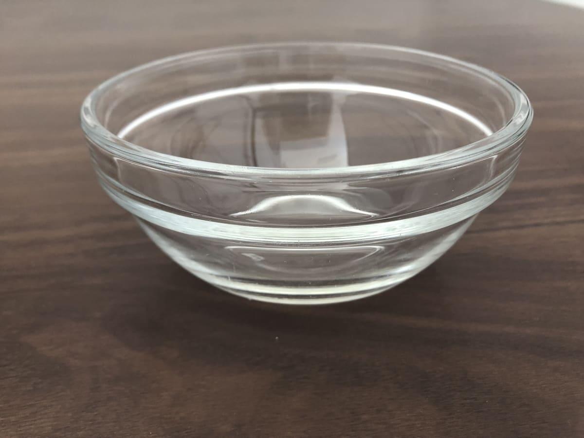 透明の容器