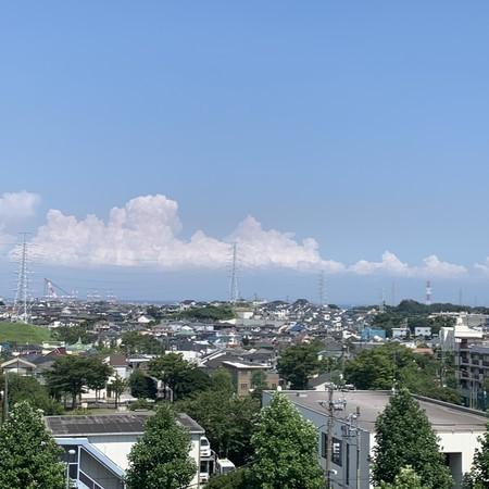 夏の雲 洋光台 根岸湾方面 望む