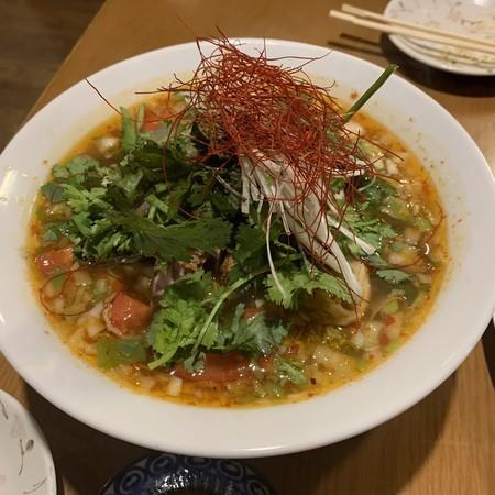 トマト麻辣麺メン